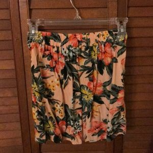 Bar III Skirts - Bar lll Floral Skirt With Pockets Size XS